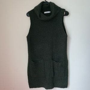 Lush Sweaters - Lush Green Turtleneck Sweater Tank